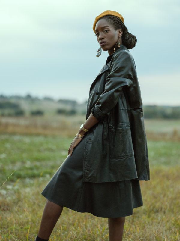http://youngcassette.com/wp-content/uploads/2018/10/Marie-Aimée-Kinkonda-by-Adam-Żurawiecki